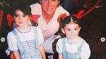 Se svými dvěma dcerami - Kendall a Kylie.