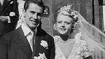 Angela Lansbury známá díky své roli v seriálu To je vražda, napsala se v 19 provdala za Richarda Cromwella, kterému bylo 35.