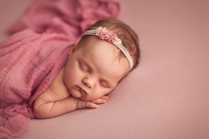 Spaní na břiše je sice pohodlné, ale doporučuje se jen s monitorem dechu.