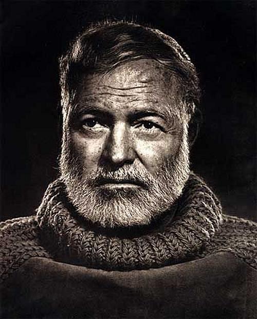 """Ernest Hemingway - předtím než spáchal sebevraždu, řekl své ženě Marii: """"Dobrou noc, moje koťátko."""""""