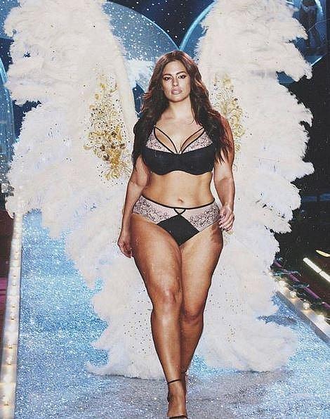 Ashley touží po tom se dostat na přehlídku Victoria Secret a stát se jedním z oněch pověstných andílků.