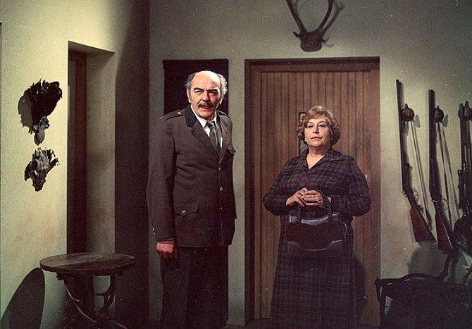 Josef Bláha a Stella Zázvorková ve snímku Prodaná babička