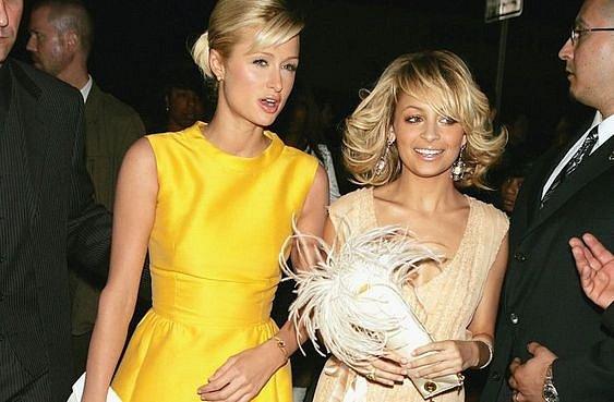 Přátelství Nicole Richie a Paris Hilton nesvědčilo ani jedné z nich.