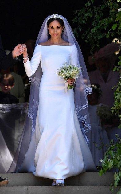 Výstava ke královské svatbě stále trvá. K vidění jsou mimo jiné i svatební šaty.