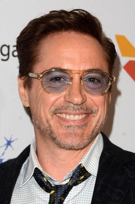 Robert Downey Jr. - americký herec a zpěvák
