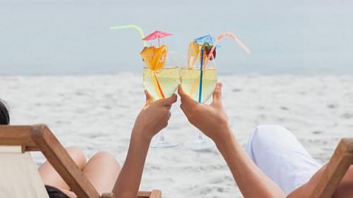 Alkohol a léto: pít, či nepít?