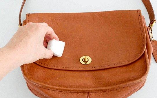 Poškrábaná kabelka? Není problém.