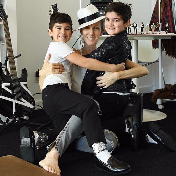 Celine Dion má tři děti, dvojčata jsou jí velkou oporou.
