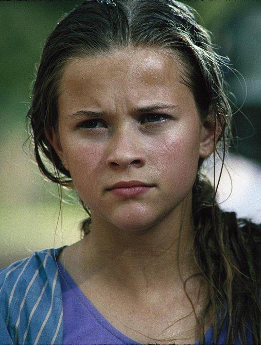 15 let - V roce 1991 byl uveden první snímek, v němž jste mohli vidět Reese Witherspoon, byl to film V měsíčním svitu (The Man in the Moon)