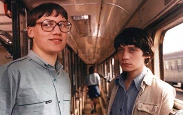 Obrýlený Kendy nebýval tak atraktivní jako jeho kamarád Štěpán, za léta se ale změnil k nepoznání.