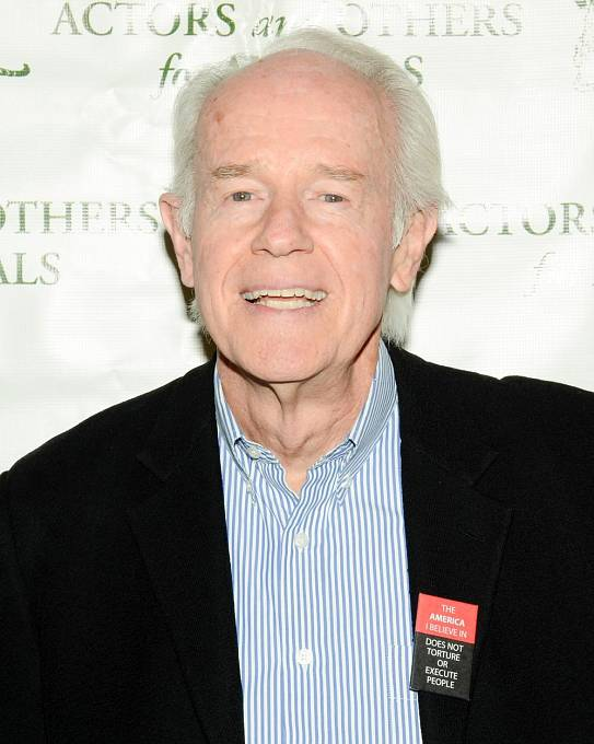 Po skončení seriálu si Farrell založil svoji vlastní produkci.
