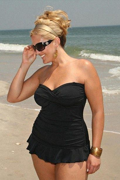 Nestíháte zhubnout do léta? Tyto plavky budou vypadat skvěle i na nedokonalé postavě