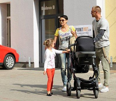 Vlaďka Erbová s rodinou