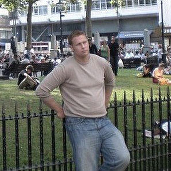 Gwilym měl před pár lety o dvacet kilo víc.