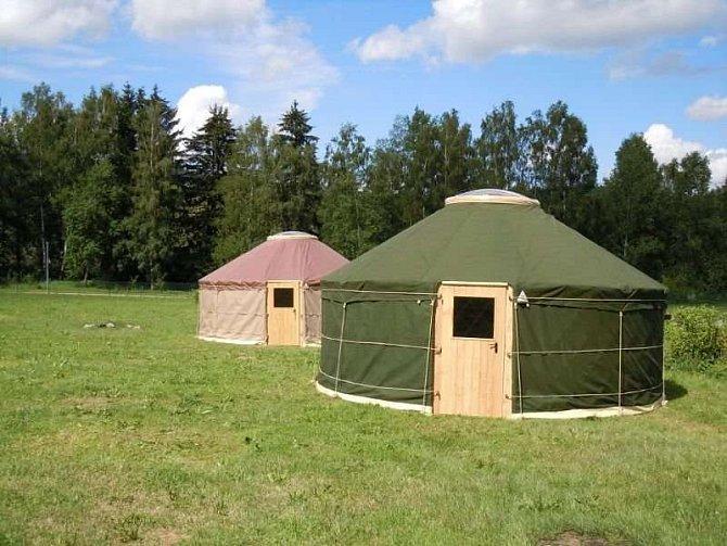 V kempu Modřín je možnost netradičního ubytování.