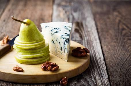 Hrušky a sýr - nesmrtelná kombinace!