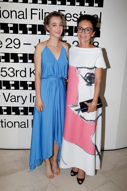 Libuše Šmuclerová a dcera Anna Justina