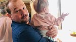 Malá Alfréda má samé slavné strýčky a tetičky.
