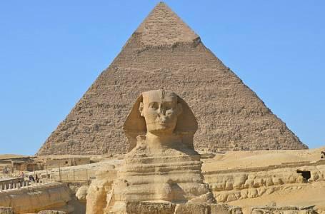 Tajemné poselství pyramid