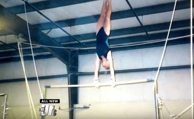 ŠOKUJÍCÍ FOTOGALERIE: Co udělá se ženou, když 8 hodin denně cvičí!