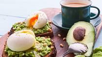 Kombinace vajec a avokáda nikdy neomrzí.