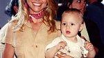 Chtistie se svým synem v roce 1987.