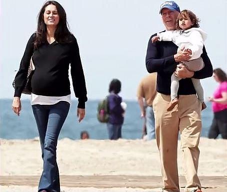 Dnes spolu mají dvě dcery a tvoří krásnou rodinu.