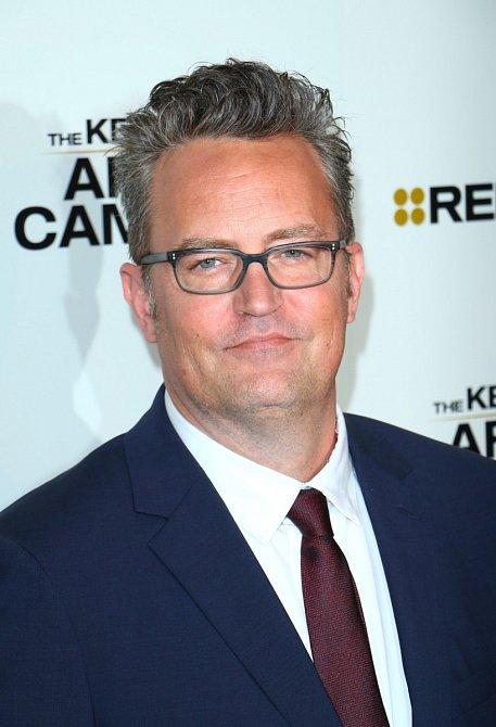 Na přelomu tisíciletí s ní chodil Matthew Perry (Chandler z Přátel).
