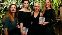Bára Nesvadbová nedávno křtila svou novou knihu