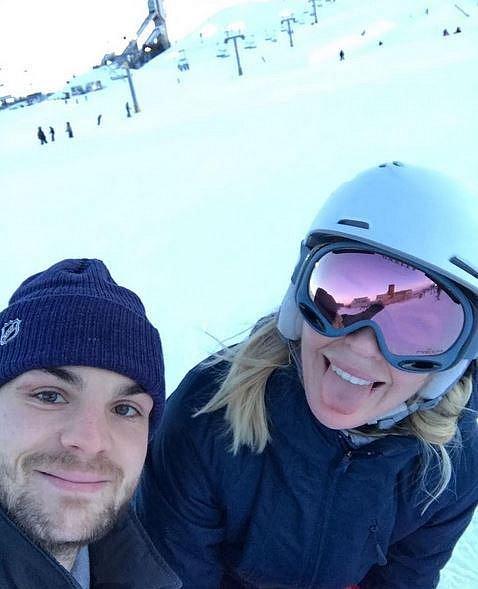 Diana Kobzanová bude příchod roku 2017 slavit s partnerem Michaelem Frolíkem stoprocentně na sněhu. Modelka totiž toho času pobývá s rodinou v Kanadě.
