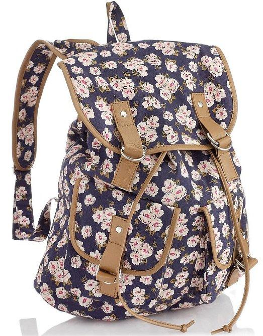 Květovaný batůžek
