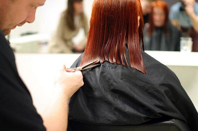 Zkracování délky vlasů