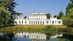 Vévodkyně Meghan a princ Harry se brzy nastěhují do luxusního sídla Frogmore Cottage.