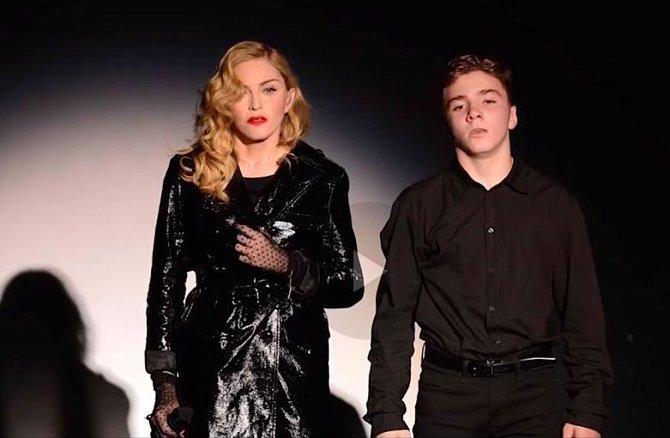 Madonna se synem Roccem