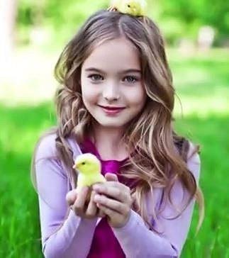 Anastasia Bezrukova - Tato ruská kráska začala svou kariéru modelky už v 8 letech.