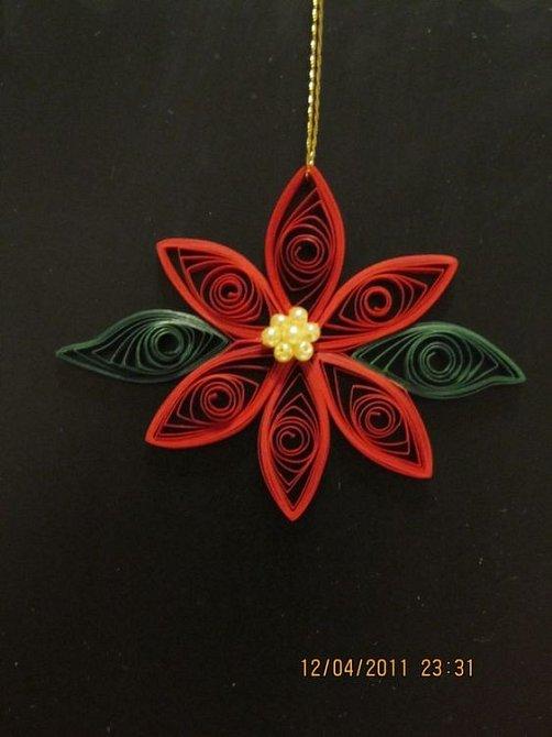 Vánoční hvězda je jedním ze symbolů svátků a objevuje se v mnoha dekoracích.