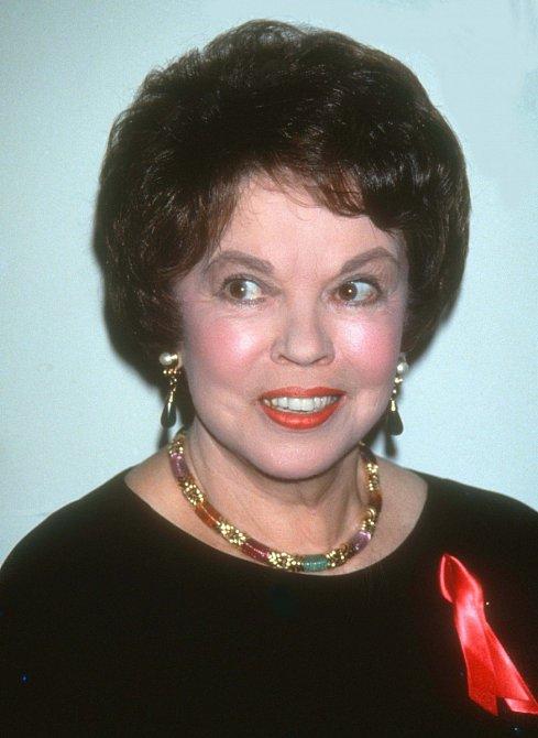 Dětská hvězda Shirley Temple zvítězila nad rakovinou.