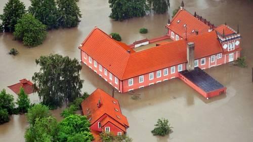 Povodně 2013 v obrazech + důležité INFO