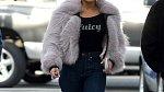 Jennifer Lopez se nebojí ani pravé kůže a kožešin.