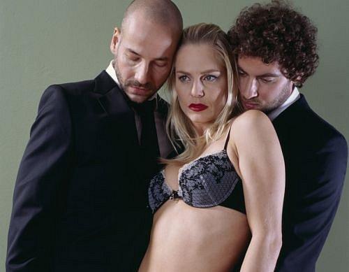 Trojica sex hra