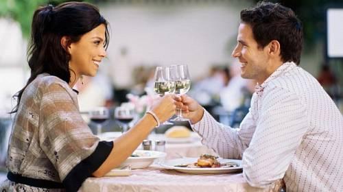 Poznejte muže podle toho, na co vás pozval do restaurace