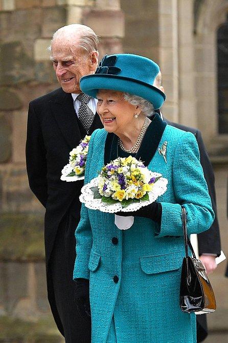 Královna Alžběta II. s manželem, princem Philipem
