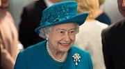 Královna Alžběta II. věří v nesmtelnost perel.