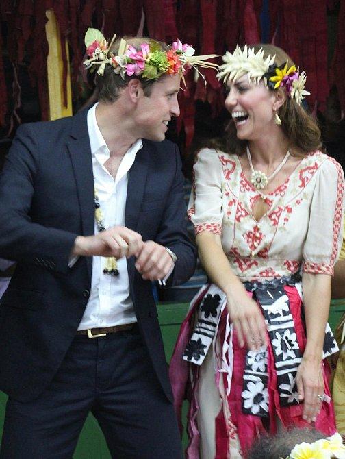 Kate a William na návštěvě ostrova Tuvalu