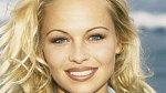 Pamela Anderson nemá ráda pohled do zrcadla.