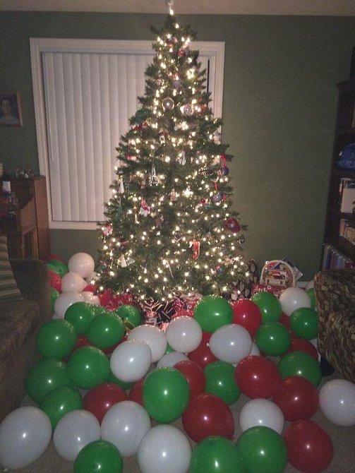 V balóncích jsou bankovky!
