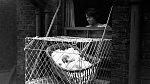 Do klecí se dávaly děti už od narození.