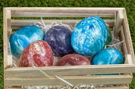 Vytvořte originální velikonoční kraslice pomocí pěny na holení. A bavit to bude i děti