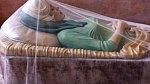 20. Marilyn byla pohřbena v jejích oblíbených zelených šatech, které nosila v Mexico City na tiskové konferenci v únoru 1962. Rozloučení s americkým sex-symbolem zařizoval její druhý manžel Joe DiMaggio.