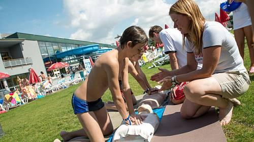 Návštěvníci aquaparku zkusí zachránit život
